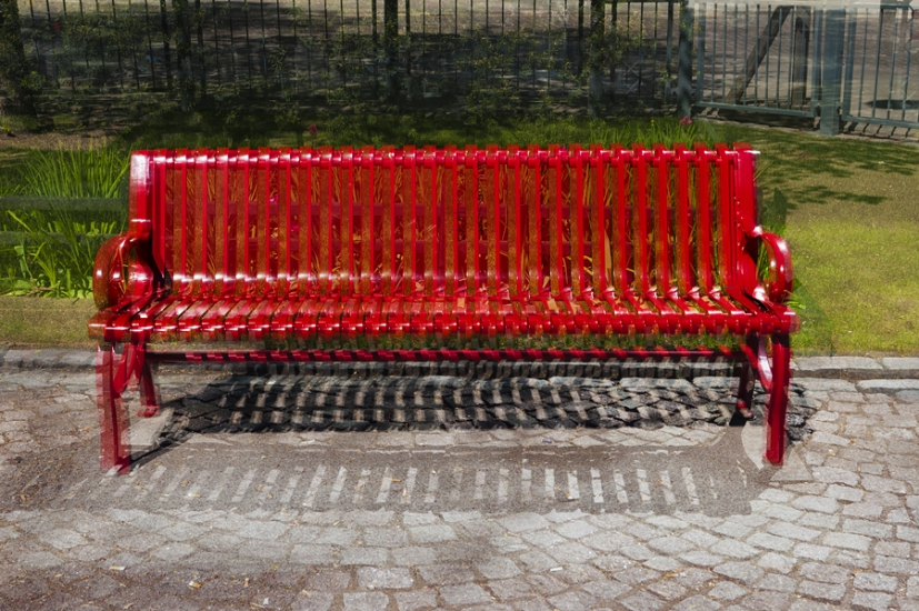 http://skrubu.net/pniportfolio/files/gimgs/th-14_05 Three Red Metal Benches by pni.jpg