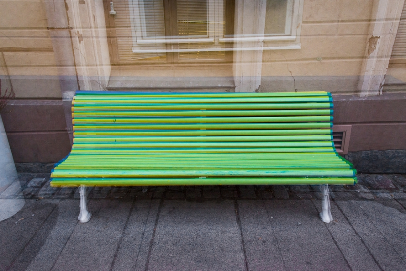 http://skrubu.net/pniportfolio/files/gimgs/th-14_35 Three Benches Of Different Colours by pni.jpg